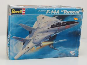 1:32 Revell 4770 Grumman F-14A Tomcat #27